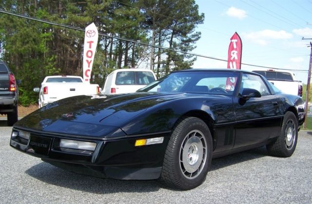 1986 Chevrolet Corvette 37K PREMIUM COUPE GLASS TARGA ROOF ALL STOCK NICE TIGHT UNIT