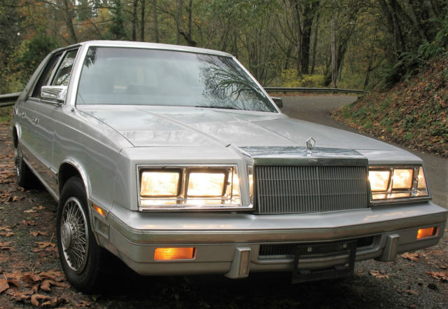 1987 Chrysler New Yorker Turbo with landau top 5th Ave style 4 door Auto