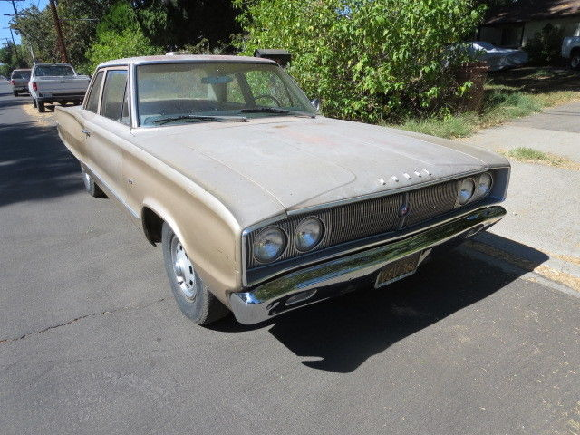 1967 Dodge Coronet 2 door post Deluxe