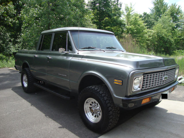 1971 Silver Metallic  Chevrolet C-10 Extended Crew Cab Pickup