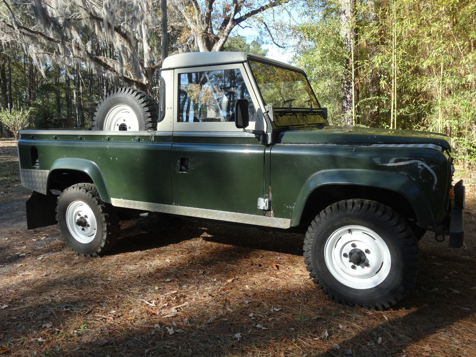 19870000 Land Rover Defender