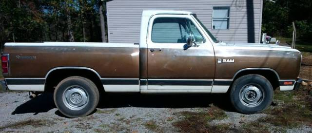 1982 Dodge Other Pickups D-150 Royal
