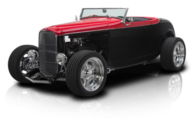 1932 Ford Roadster 75th Duece