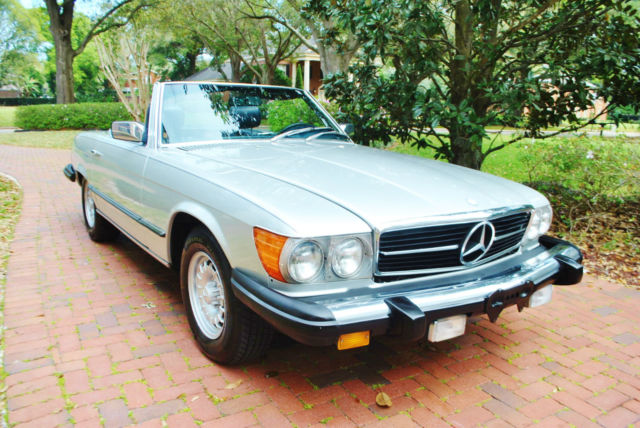 1979 Mercedes-Benz SL-Class 450SL Roadster Convertible 2-Tops Stunning Example
