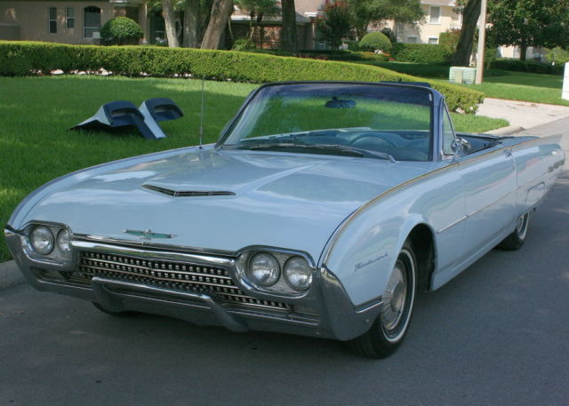 1962 Ford Thunderbird CONVERTIBLE - A/C - 2K MILES
