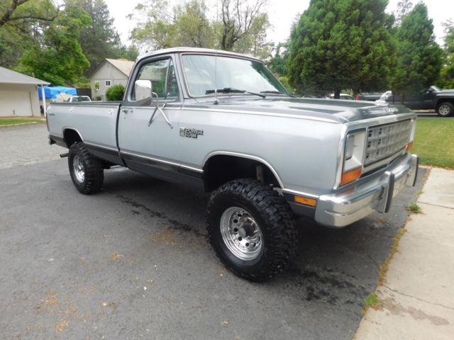 1985 Dodge Power Wagon SE