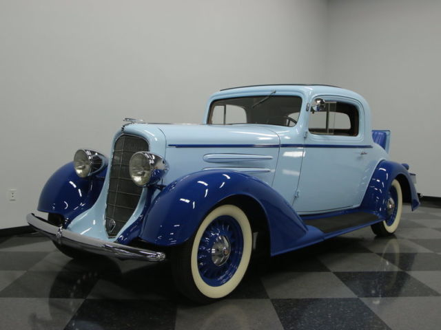 1933 Oldsmobile Sport Coupe