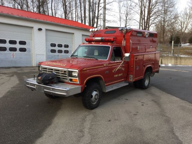 1993 Ford F-350 scissor lift dully cab and chassis