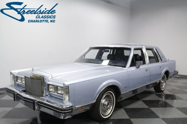 1984 Lincoln Town Car Signature Series