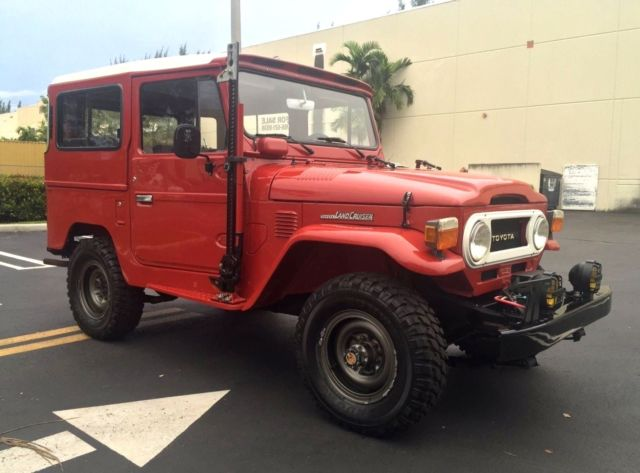 1983 Toyota Land Cruiser FJ40 Hard top