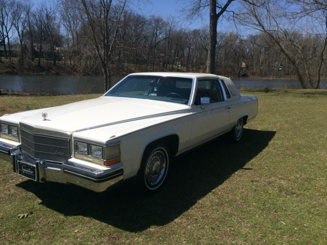 1984 Cadillac Fleetwood 2dr Coupe Br