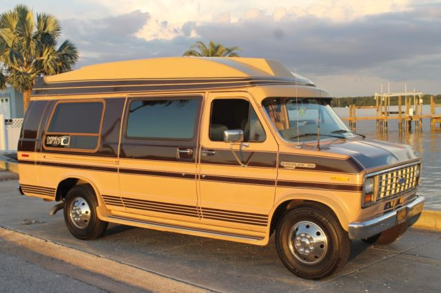 1989 Ford E-Series Van