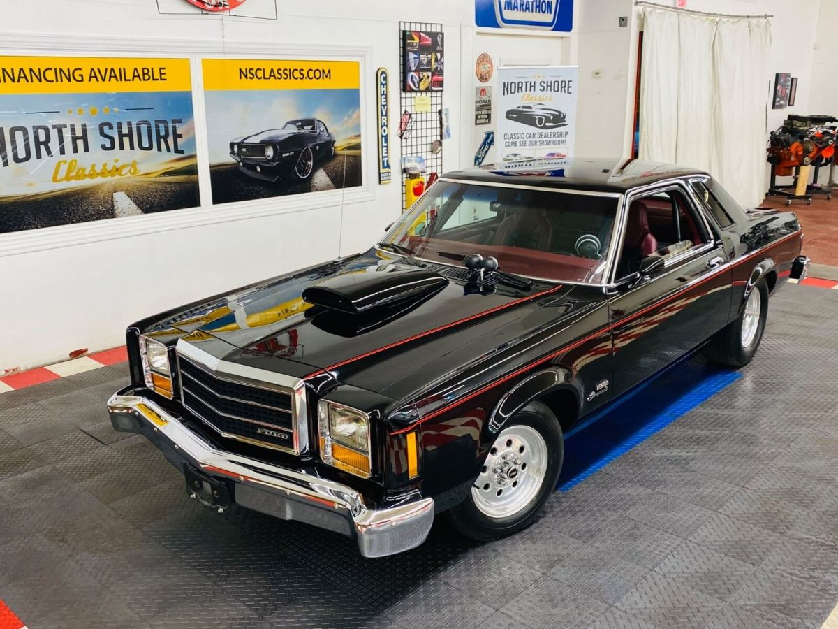1978 Ford Granada - ESS 351 V8 ENGINE - LOTS OF POWER - SUPER CLEAN