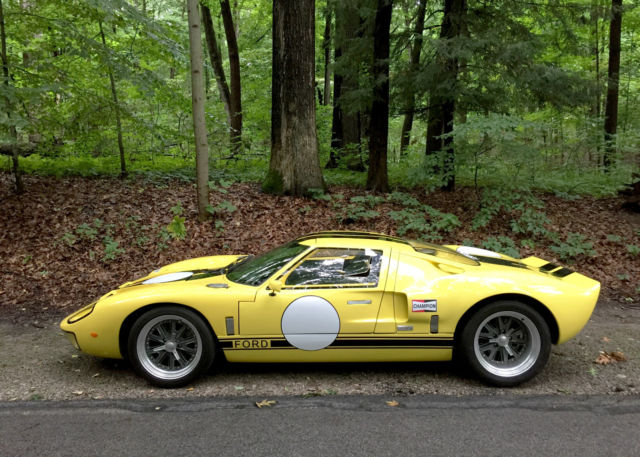 Ford Gt40 Replica Full Carbon Fiber Body Work And