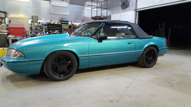 1992 Ford Mustang Convertible LX 5.0L V8