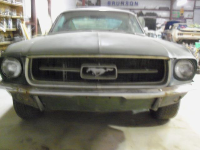 Ford Mustang 1967 Fastback for sale photos technical
