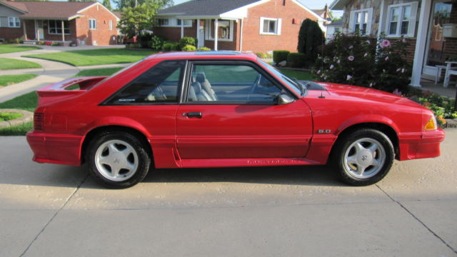 Ford Mustang GT 50 Fox Body 1992 for sale photos technical