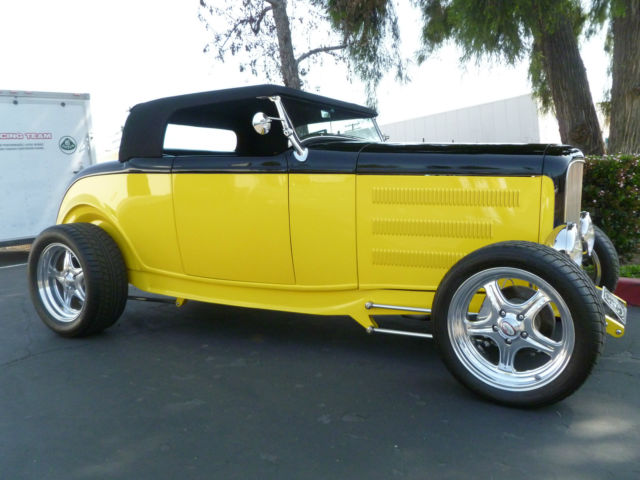 1932 Ford ROADSTER ROADSTER 1932