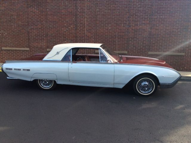 1962 Ford Thunderbird 2 door