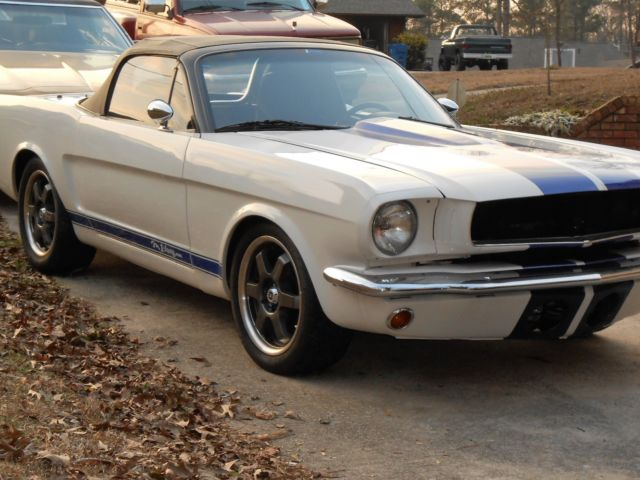 Fords  Gt Mustang Roadster Convertible   Boss Motor W  Speed Trans