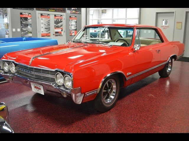 1965 Oldsmobile Cutlass Holiday