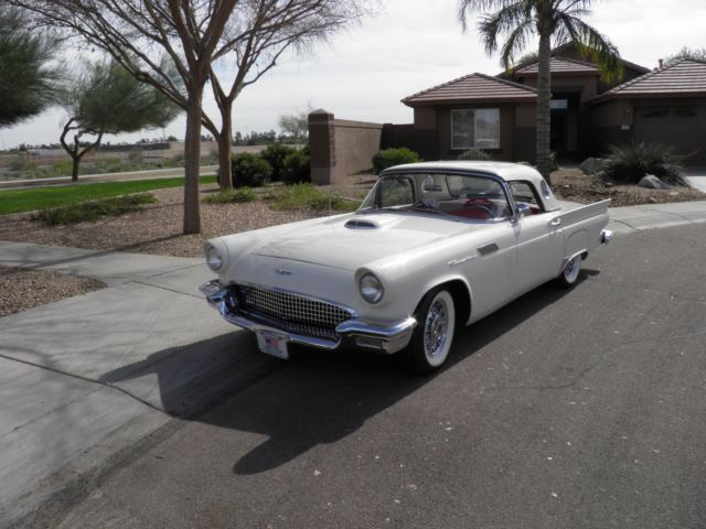 1957 Ford Thunderbird coupe