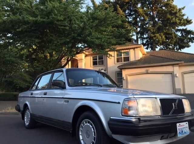 gorgeous 1991 volvo 240 sedan 95 000 original miles one owner runs perfect for sale photos. Black Bedroom Furniture Sets. Home Design Ideas
