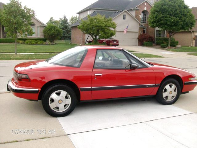 1990 Buick Reatta  3800 V6   RED  ROADSTER