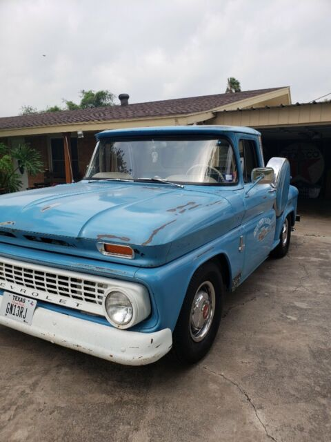 1963 Blue Chevrolet C-10 Stepside Standard Cab Pickup with Blue interior
