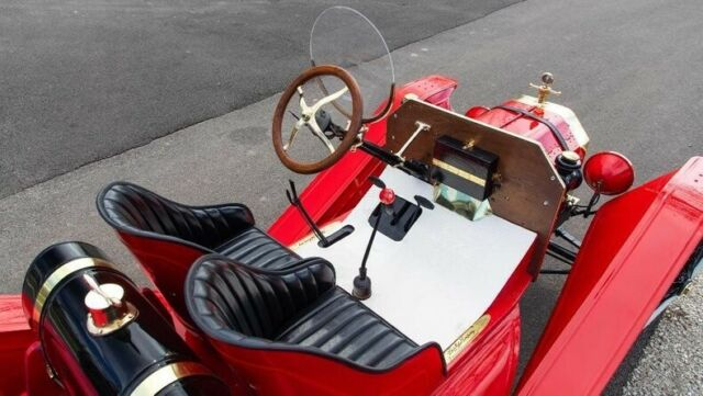 1915 Red Ford Model T Speedster -- with -- interior