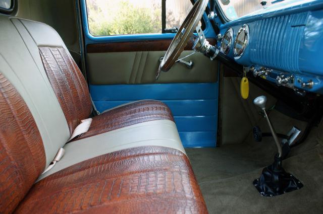 hot rod 1953 chevrolet 3100 400hp auto custom interior patina fishing truck for sale photos. Black Bedroom Furniture Sets. Home Design Ideas
