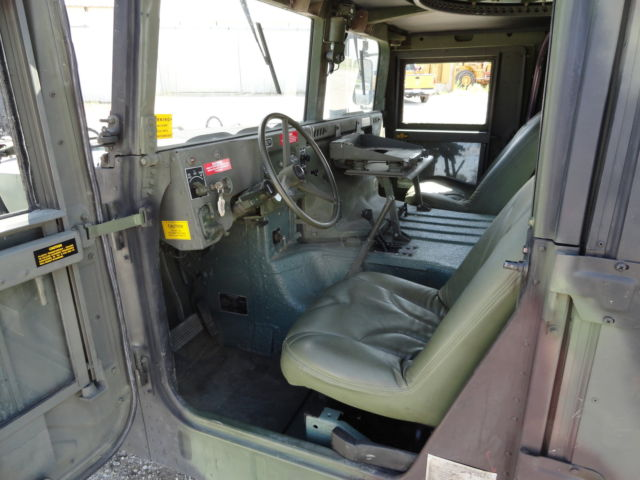 hummer m998 military humvee unique for sale photos technical specifications description. Black Bedroom Furniture Sets. Home Design Ideas