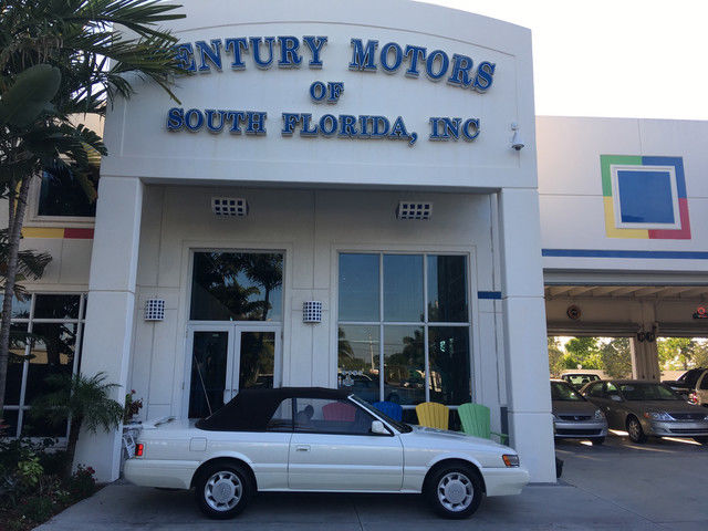 1992 Infiniti M30 Base Convertible 2-Door
