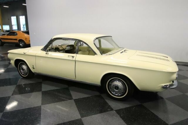 1962 Yellow Chevrolet Corvair Monza Coupe with Yellow interior