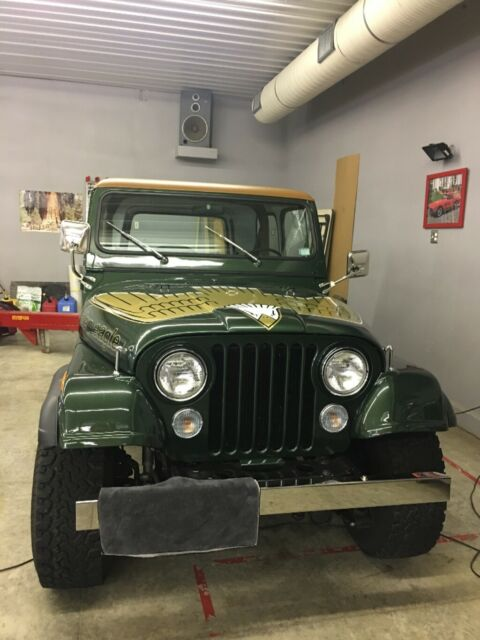 jeep cj7 golden eagle for sale photos technical specifications description. Black Bedroom Furniture Sets. Home Design Ideas