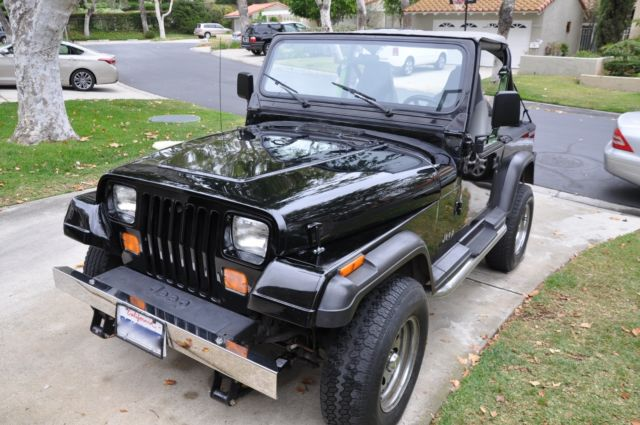 jeep wrangler yj 4 0 high output 4x4 for sale photos technical specifications description. Black Bedroom Furniture Sets. Home Design Ideas
