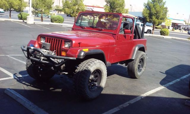 Jeep Wrangler YJ 6cyl. 5spd. Soft Top. Excellent Cond.