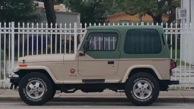 Jeep Wrangler YJ Sahara Edition for sale photos