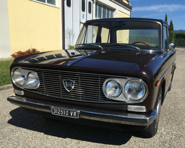 1972 Lancia Fulvia 1,3 Sedan 5 speed in PARIOLI Brown with Tan