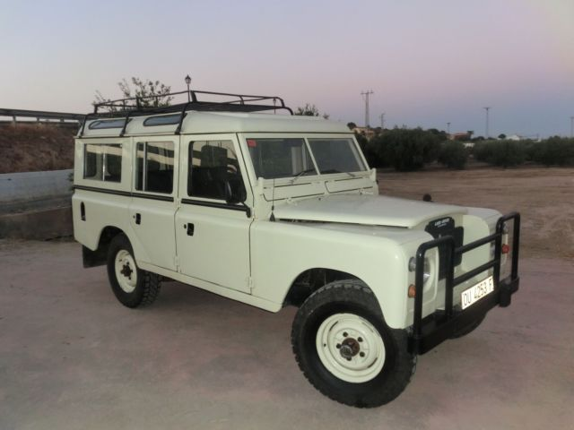 1982 Land Rover Defender Station Wagon Truck