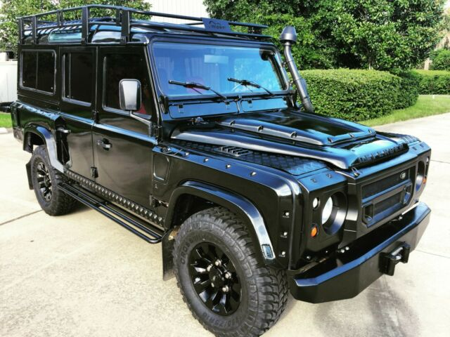 1987 Land Rover Defender 110 - LHD with AC