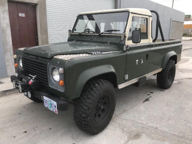LAND ROVER DEFENDER 110 pickup for sale: photos, technical