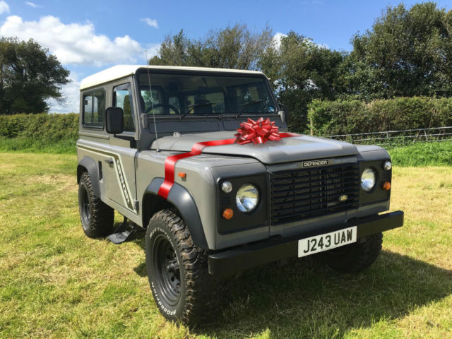 1992 Land Rover Defender Gray Cloth