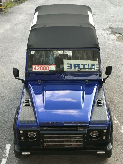 1988 Land Rover Defender soft top