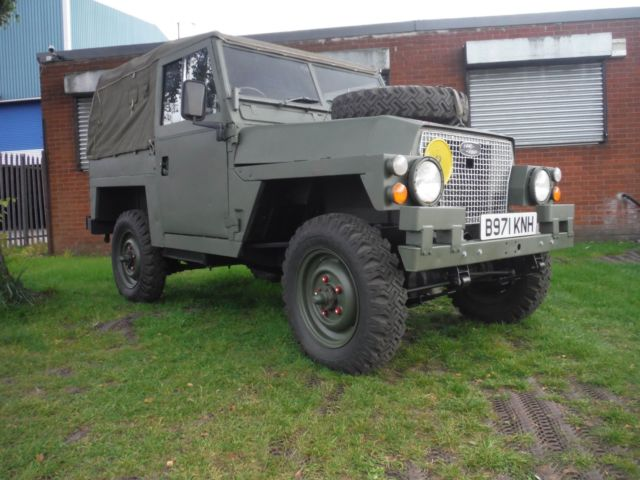 1985 Land Rover Defender Military
