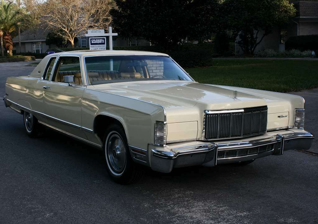 1976 Lincoln Town Car TOWN COUPE - MOONROOF - 51K MILES