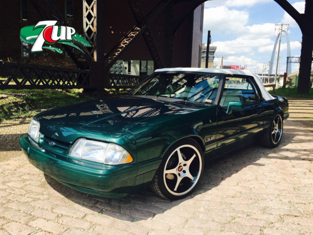 1990 Ford Mustang 7up LX