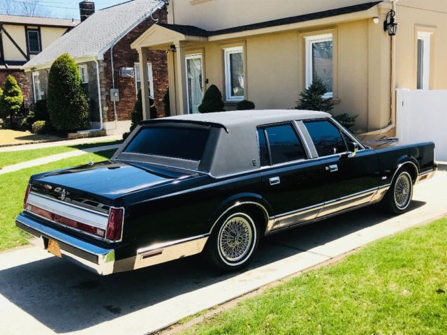 Lincoln Town Car Classic For Sale Photos Technical