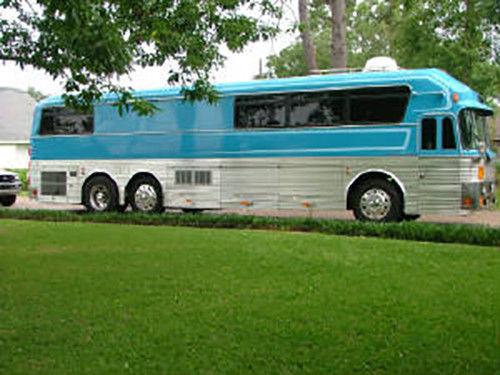 Tour Bus For Sale >> Loretta Lynn Band Eagle Tour Bus For Sale Photos Technical