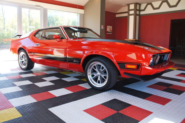 1973 Ford Mustang MACH 1  LUXURY INTERIOR